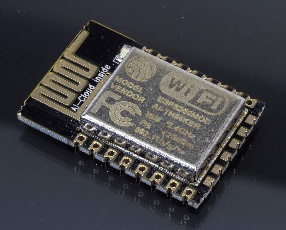 ESP8266 Remote Serial Port WIFI Transceiver Wireless ESP-12E + antenna - NodeMCU