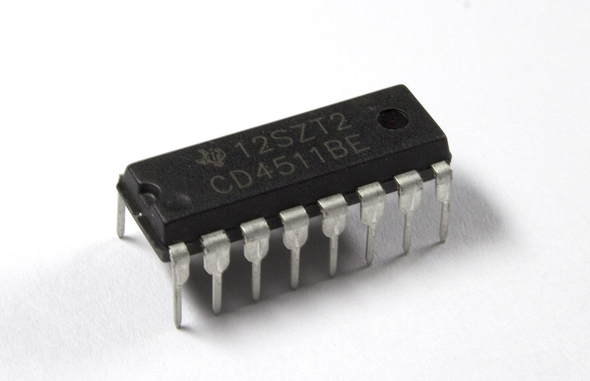 CD4511BE BCD to 7 Segment Decoder IC